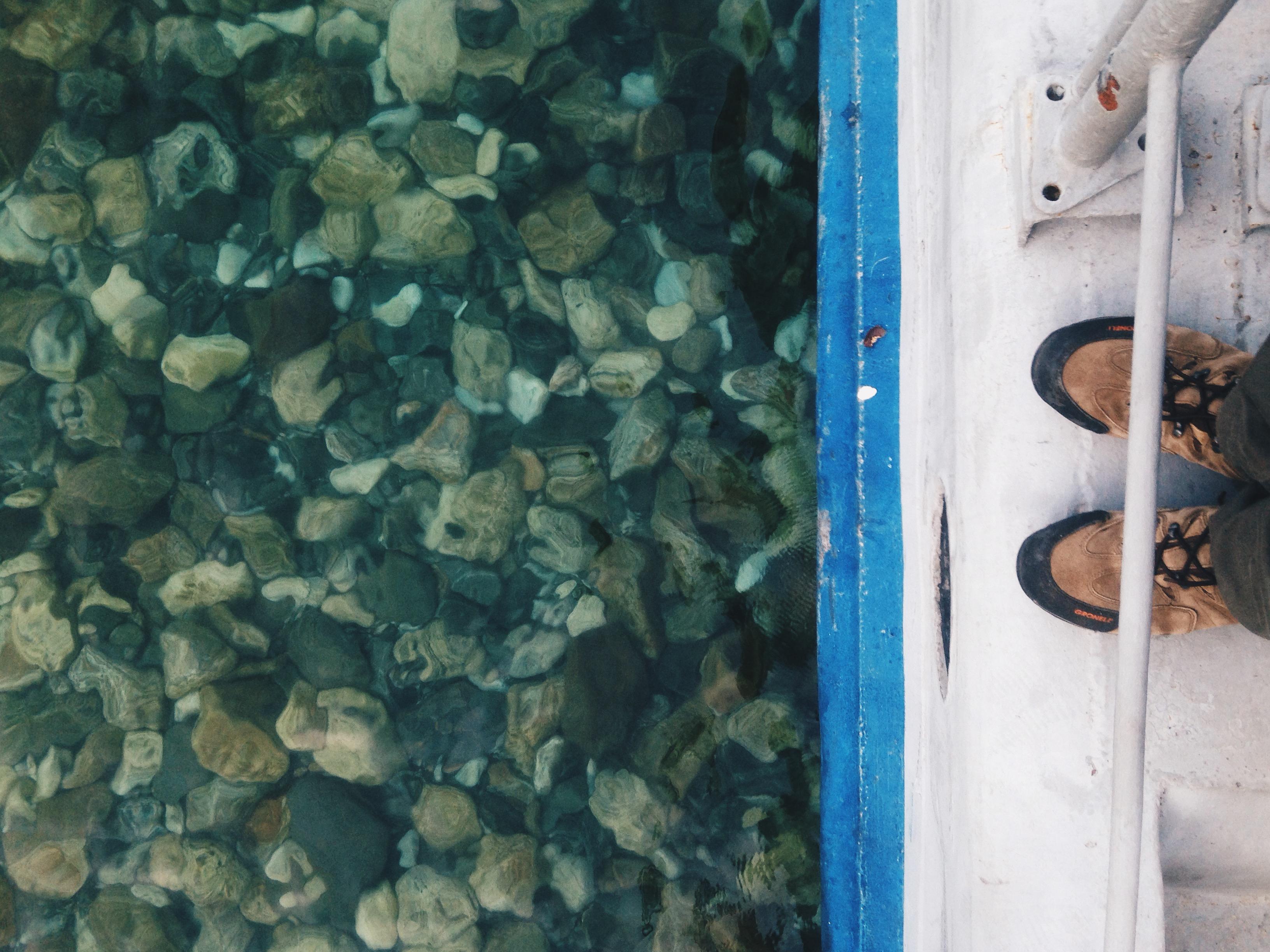 Вода прозрачная очень.